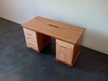 Bureau Vintage 012